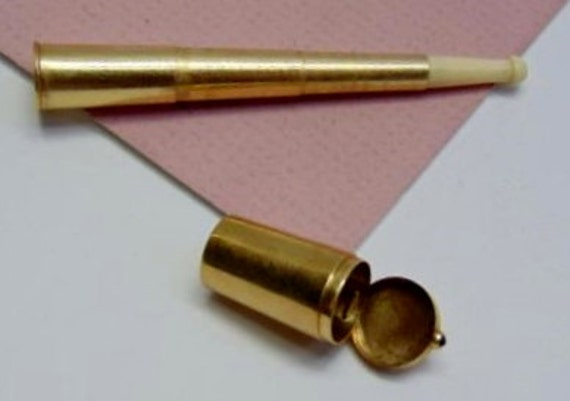 Hand Carved…14K Yellow Gold, Collapsible Cigarette Holder Chatelaine. With Case. Rare !