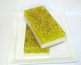 Lemon Poppy Seed Soap - Bakery Soap, Dessert soap - Goats Milk Soap - Glycerin soap - Exfoliating soap, Citrus Soap, Summer Soap