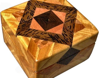 Satinwood and Lacewood Tiny Square Box