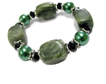 Semiprecious & Glass Beads Stretch Bracelet in Free Gift Bag
