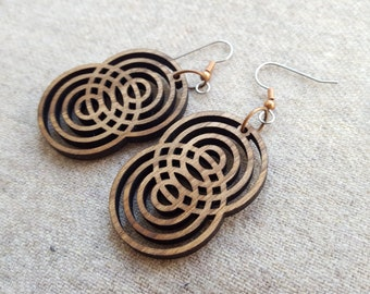 Concentric circles dangle earrings, Natural wood, Eco-friendly jewelry