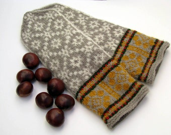 Hand knitted patterned wool mittens, Nordic gloves, Winter mittens with ornament, Latvian mittens, Ethnic clothing, scandinavian design