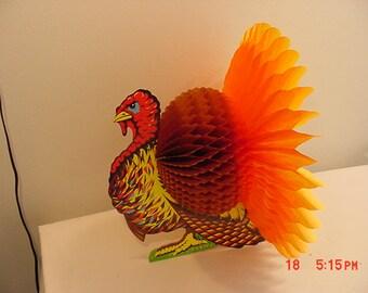 Vintage 1983 Beistle Turkey Madras Art-Tissue Centerpiece In Original Package   16 - 286
