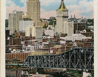 Cincinnati Ohio Skyline Ohio River Vintage Postcard 1930s (unused)