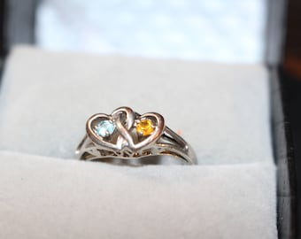 Cute Vintage Silver Ring with Aquamarine and Citrine Birth Stones.