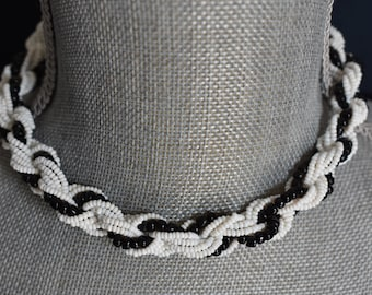 Necklace Seed Bead Black and White Twisted Strands with J Hook Closure Vintage