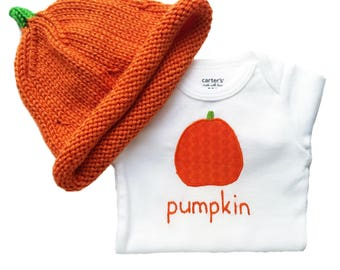 Pumpkin New Baby Gift Set, HAND EMBROIDERED Baby Bodysuit Baby Onesie, Hand Knit Baby Hat, Newborn Hat, Going Home Outfit for Baby Girl