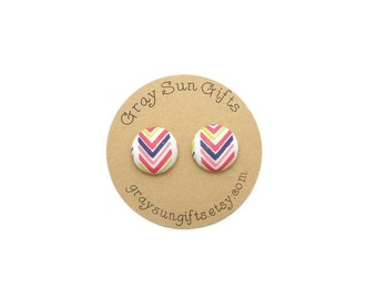 Rainbow chevron fabric button earrings - chevron earrings - rainbow earrings - trendy earrings - chevron jewelry - gifts for her - rainbows