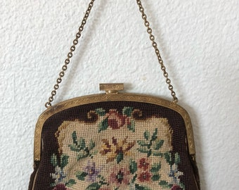 Antique 1920s tapestry handbag floral gold tone chain handle 20s purse