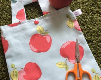 Apple for the teacher project bag - knitting crochet sewing