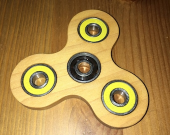 Hand Spinner - Genuine Maple, Yellow Bearing Build