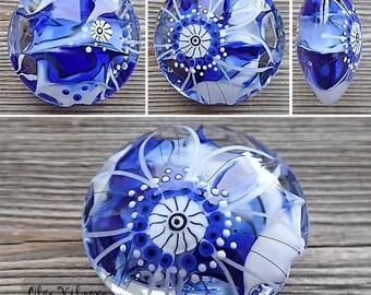Focal lampwork lentil bead wiht Flower Sketch (blue)