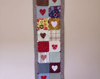 Rustic country heart table runner