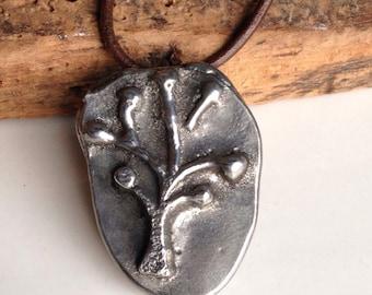 50 % de réduction collier avec pendentif, collier d'arbre, arbre de vie, coulée à la main, de sable en cuir marron foncé, fonte cordon, argent Sterling, Etsy, Etsy bijoux