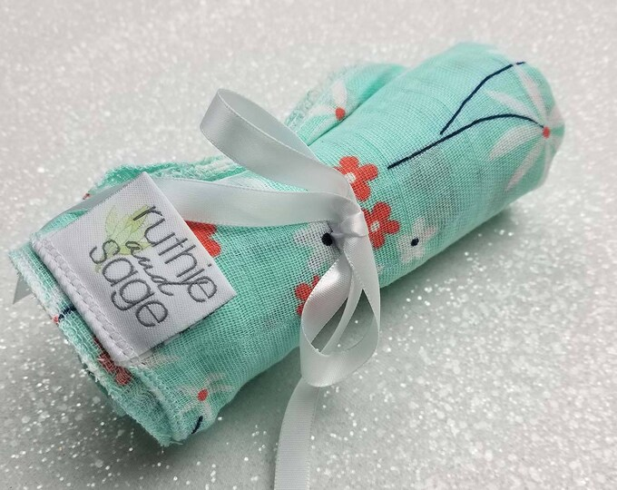 Swaddle blanket, wrap blanket, double gauze, cotton newborn wrap, cotton, Daisy, photography prop, baby blanket, modern baby girl, baby boy