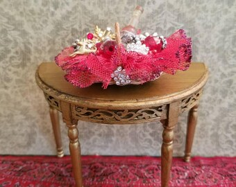Miniature dollhouse Christmas gift basket, 1:12 scale