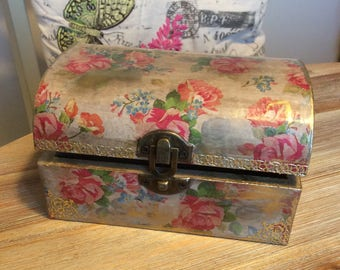 Roses Jewellery Box, Shabby elegance chic, Wooden jewellery box