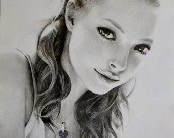 Amanda Seyfried pencil portrait A4 Free shipping