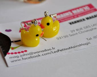 duckling yellow resin post earring