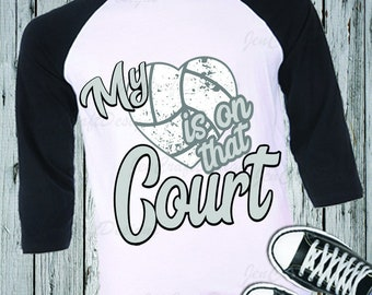 Volleyball Mom svg, My Heart is on that Court Svg, Volleyball Life Svg, Mom Svg iron on design, Sports Svg, Dxf Png Jpeg