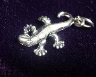 GECKO Lizard Charm of STERLING Silver