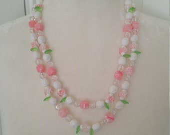 Sweet 1950s Vintage pink white green flower beaded necklace lolita pin up