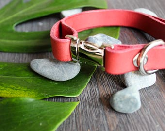 Red Moon Leather Collar