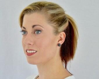 Minimalist black earrings, black earring, black studs,post earrings,bridesmaid earring,bridesmaid gift,wedding jewelry,black post earring
