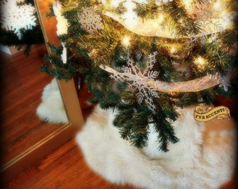 Classic Round Christmas Tree Skirt / Faux Fur Sheepskin Round / Soft Luxury Faux Fur / All New Sizes and Colors