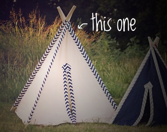 Tent No. 0294XL - Kid's Extra Large Navy Blue Chevron & Natural Canvas Teepee Play Tent