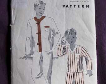 1930s Boys PJS Pyjamas/Pajamas Vintage Unprinted Sewing Pattern Hollywood Pattern 957 Size 10 Years Chest/Breast 28 COMPLETE and unaltered