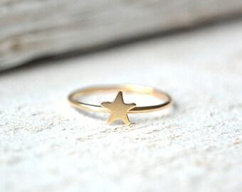 Gold Star Ring Star Ring, Dainty Star Ring, Stackable Ring, Tiny Star Ring, Stacking Ring, Star Knuckle Ring, Star Ring Gold