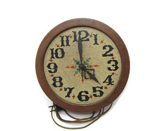 Vintage Decor Clock - Vintage Spartus Clock - Display Only - Old Clock - Antique Clock - Kitsch - Kitschy - Kitschy Clock - Kitsch Decor