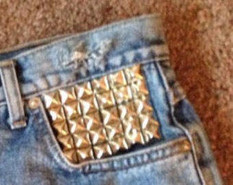 ADD ON Studding to Shorts/Jeans
