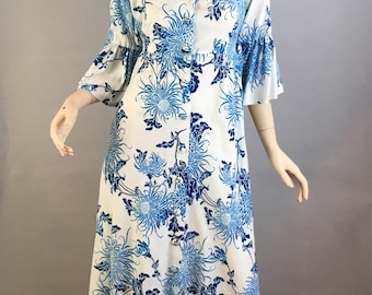Alfred Shaheen Vintage Dress// 70s Hawaiian Maxi Dress// Long Cotton Summer Vintage Dress Size small or medium (F1)