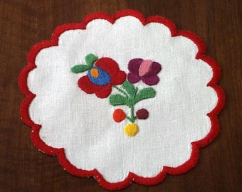 "Hungarian 5.5"" hand-embroidered doily, table coaster. Traditional Matyo pattern."