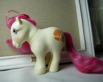 80's MLP '' Birth flower pony '' November Chrysanthemum G3-4 Mail Order