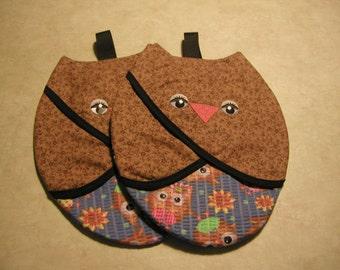 Owl, Pot Grabbers (2) Handmade By Me... So Cute.