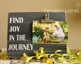 Pallet-look Photo Clip Frame: Find Joy In the Journey, 8x10  frame; Family Gift, Encouragement, Uplifting Gift