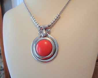 Antique Silver Tone Alloy Synthetic Red Big Pendant Necklace
