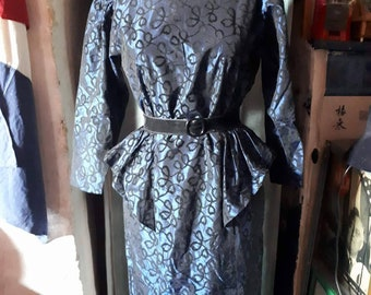 french vintage dress. 50's style