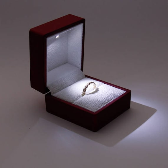 Engagement ring box proposal ring box wedding ring box for Cute engagement ring boxes