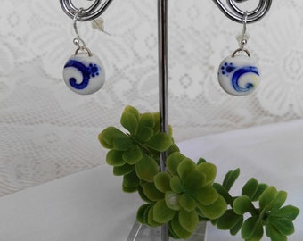 Blue and white round earrings in polymer clay