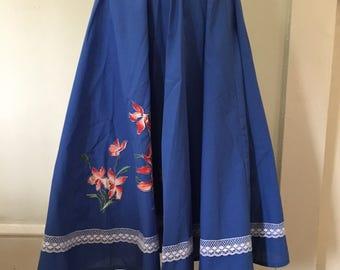 Circle Skirt 1950s floral applique