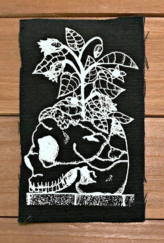 "Skull with Atropa Belladonna Patch - 3""x5"""