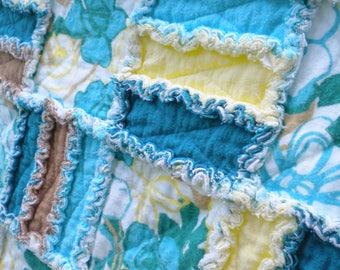 Flower Power Quilt, Baby Rag Quilt, Crib Blanket, Flannel Rag Quilt, Flowers, Yellow, Teal, Tan, Baby Shower Gift, Girl Quilt, Ready to Ship
