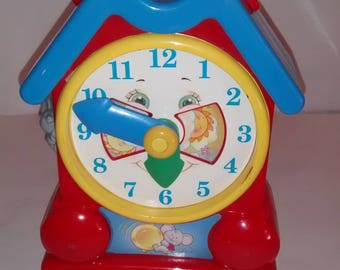 Vintage 1994 Fisher Price Toy Clock