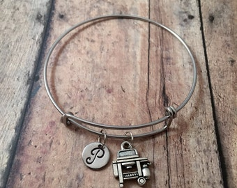 BBQ grill initial bangle - outdoor grill jewelry, cookout jewelry, propane grill bracelet, picnic jewelry, cookout bracelet, grill bangle