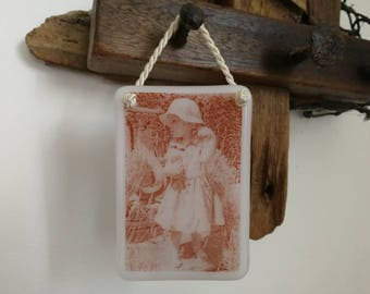 Your Photographs and Pictures fused into glass! Use your imagination...the possibilities are endless! Tiles, keyrings, coasters, favours...