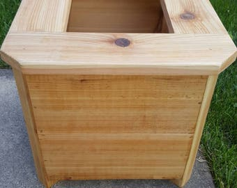 Outdoor / Indoor Cedar Wood Planter Box